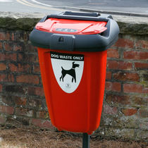 Public trash can / wall-mounted / recycled plastic / for dog excrement