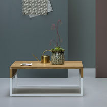 Scandinavian style coffee table / oak / powder-coated steel / rectangular
