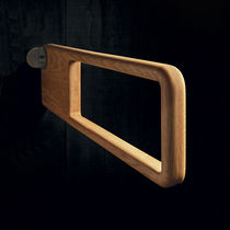 Towel ring / wall-mounted / wooden