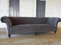 Chesterfield sofa / velvet / mahogany / 2-seater