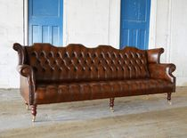 Chesterfield sofa / leather / mahogany / 2-seater