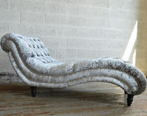 Chesterfield chaise longue / fabric / wooden / indoor