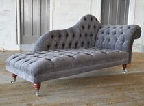 Chesterfield chaise longue / fabric / indoor / on casters