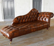 Chesterfield chaise longue / leather / indoor / on casters