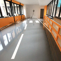 Resin flooring / industrial / for parking lots / for offices