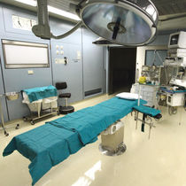 Epoxy resin flooring / for healthcare facilities / high-gloss / colored concrete look