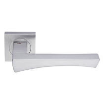 Door handle / brass / chrome-plated brass / contemporary