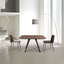 Dining table / contemporary / MDF / ash
