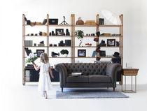 Contemporary shelf / oak