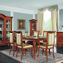 Traditional dining table / lacquered wood / rectangular