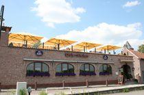 Commercial patio umbrella / aluminum