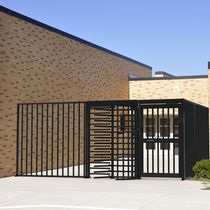 Swing gates / steel / with bars / commercial