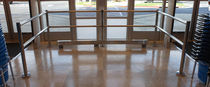 Protective barrier / fixed / steel / for public buildings