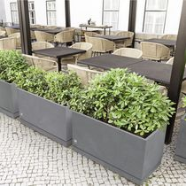 Concrete planter / rectangular / square / contemporary