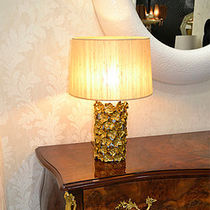 Table lamp / traditional / brass