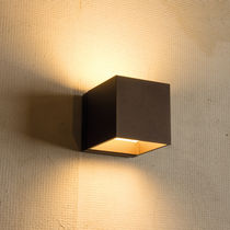 Contemporary wall light / outdoor / painted aluminum / steel