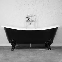 Bathtub with legs / oval / cast iron / enameled metal