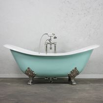 Bathtub with legs / oval / cast iron / double