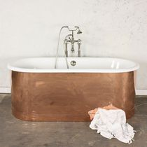 Freestanding bathtub / oval / cast iron / copper