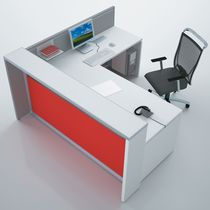 Corner reception desk / wooden / anodized aluminum / PMMA