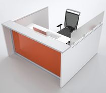 Corner reception desk / wooden / anodized aluminum / glass