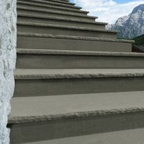 Quartzite step covering