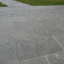 Natural stone flooring / for public spaces / tile / exterior
