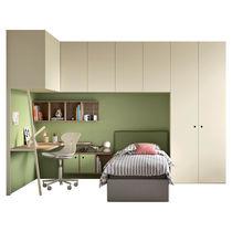 Corner wardrobe / wall-mounted / contemporary / with hinged door