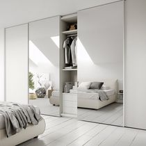 Contemporary wardrobe / lacquered wood / sliding door / mirrored