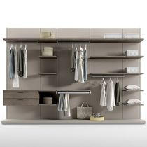 Contemporary walk-in wardrobe / lacquered wood