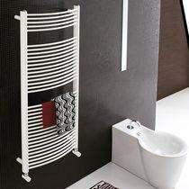 Hot water towel radiator / electric / steel / chrome