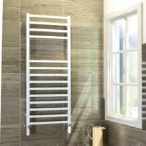 Hot water towel radiator / electric / steel / chrome