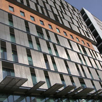 Facade woven wire fabric / solar shading / for ceilings / for walls