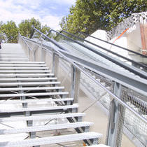 Outdoor railing / stainless steel / wire mesh / for stairs