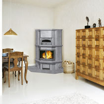 Wood heating stove / traditional / soapstone / corner