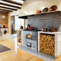 Wood range cooker