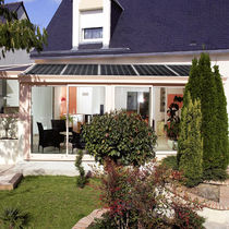 Aluminum conservatory / with integrated photovoltaic panel