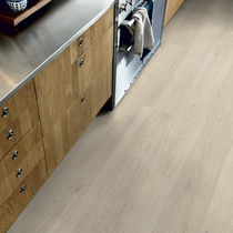 Vinyl flooring / residential / strip / smooth