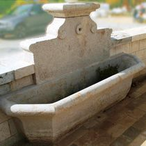 Public fountain / stone / traditional