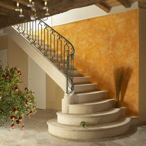 Quarter-turn staircase / stone steps / with risers / traditional