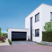 Sectional garage doors / steel / automatic