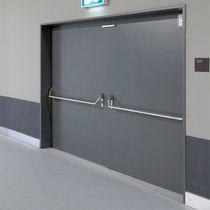 Indoor door / swing / galvanized steel / security