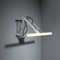 Contemporary wall light / metal / incandescent / linear