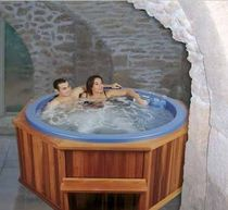 4 seater portable hot-tub COMETE SOMETHY