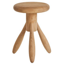 Contemporary stool / oak / child's / by Eero Aarnio