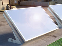 Flat solar thermal collector / for water heating / insulated / with aluminum frame