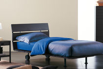 Single bed / contemporary / lacquered / walnut