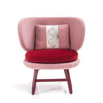 Visitor fireside chair / contemporary / wooden / fabric