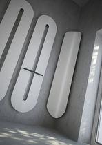 Hot water towel radiator / vertical / steel / wall-mounted