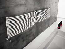 Hot water towel radiator / horizontal / carbon steel / wall-mounted